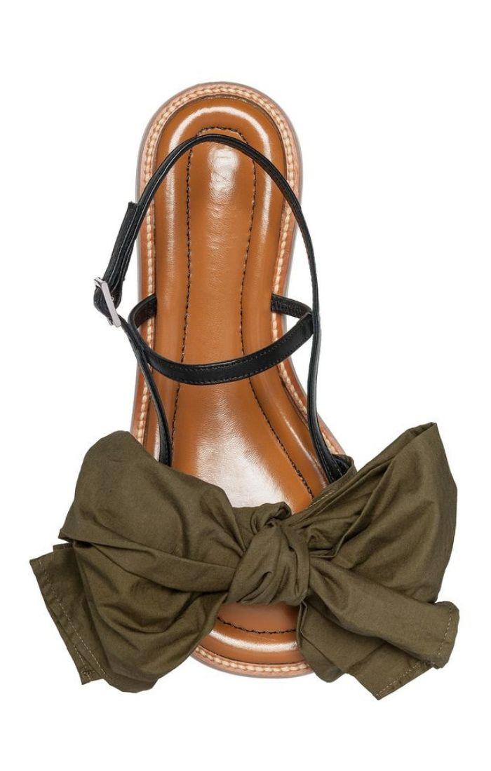 sandali con fiocco foto